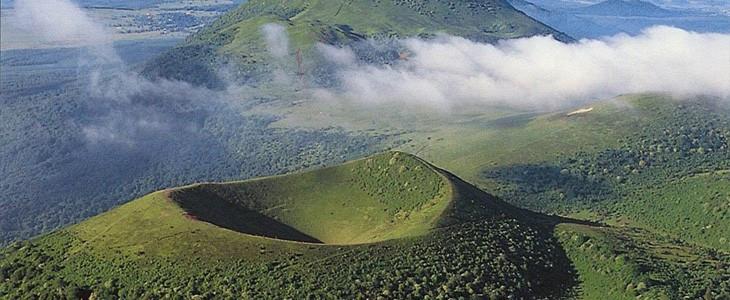 Baptême en hélicoptère volcans d'Auvergne