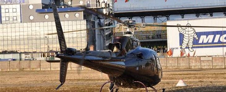 Survoler les 24h du Mans en hélicoptère