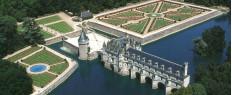 Baptême en hélicoptère survol des châteaux de la Loire (20mn)