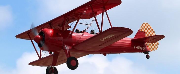 Baptême en avion biplan vintage Boeing Stearman Paris Pontoise