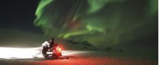 Randonnée motoneige glacier et aurores boréales en Islande
