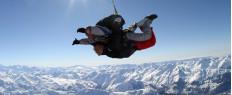 Saut chute libre en parachute Gap - Hautes-Alpes