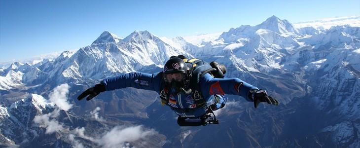 Saut chute libre en parachute sur l'Everest - Nepal