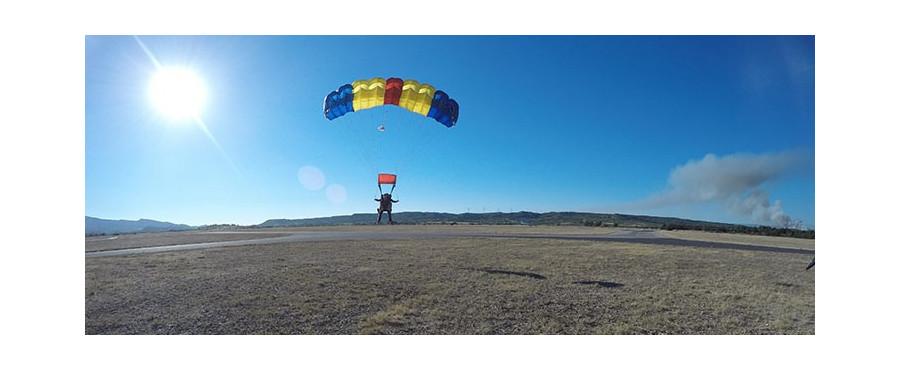 Cadeau bapt me saut chute libre en parachute pas cher narbonne - Saut en parachute bretagne pas cher ...