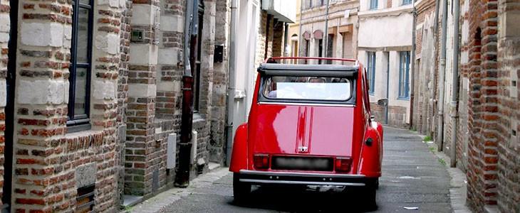 Visite insolite de Lille en 2CV