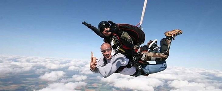 Saut en parachute tandem à Reims