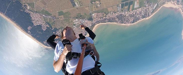 Saut en parachute en tandem La Tranche-sur-Mer pr. La Rochelle